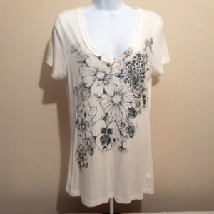 Forever 21 cream black floral oversized screen tee
